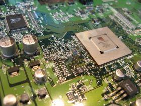 A&D Serwis naprawa monitorów Belinea, wymiana komponentów BGA.