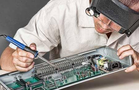 naprawa elektroniki przemyslowej wojskowej i medycznej